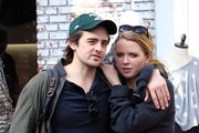 'Boardwalk Empire' star Vincent Piazza takes his girlfriend shopping at The Grove in Hollywood, California on December 10, 2016.