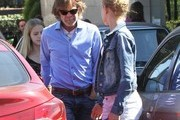 William H. Macy Takes His Daughters Shopping