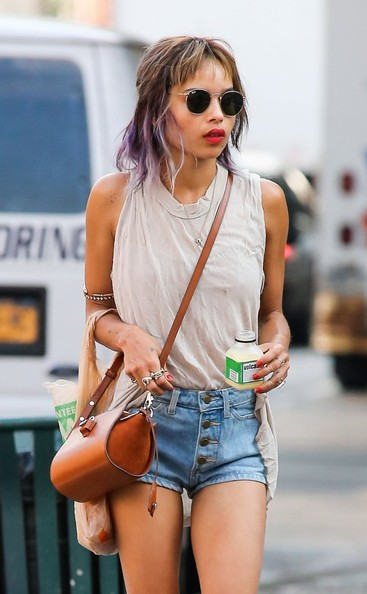Zoe Kravitz - Zoe Kravitz Out For A Stroll In NYC