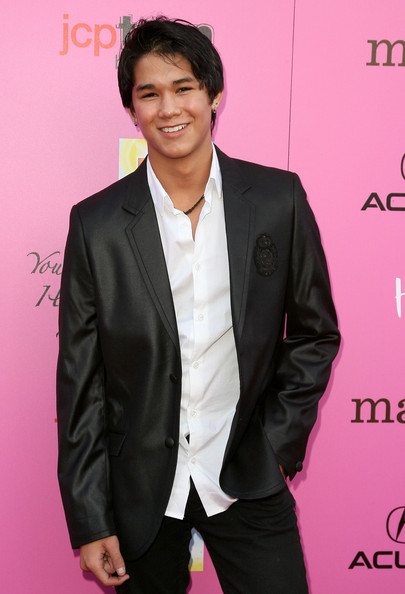 Actor Booboo Stewart arrives at the 12th Annual Young Hollywood Awards on May 13, 2010 in Los Angeles, California.