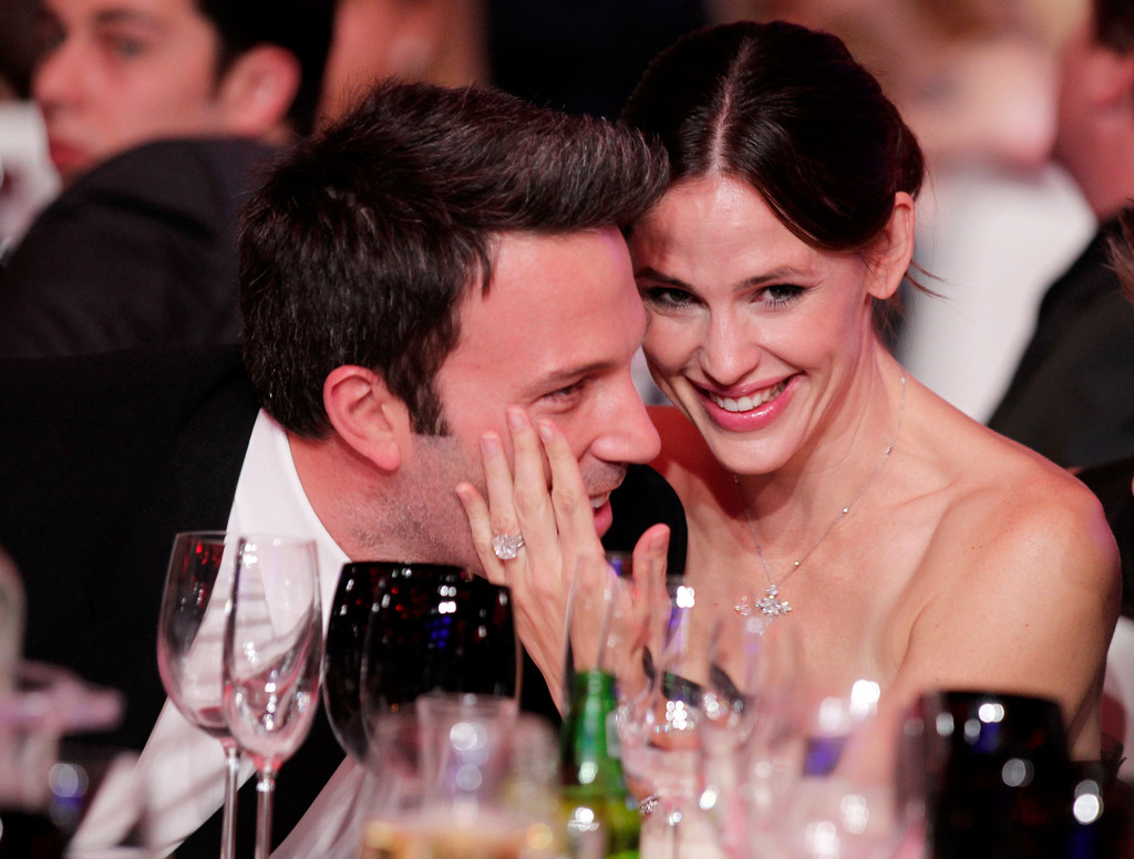 See Pictures of Jennifer Garner's Engagement Ring
