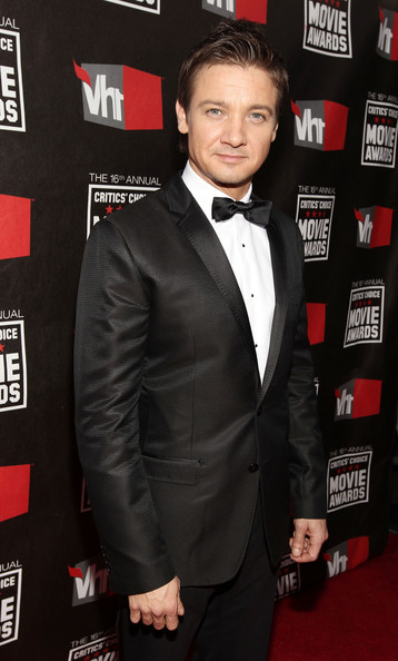 Actor Jeremy Renner arrives at the 16th annual Critics' Choice Movie Awards at the Hollywood Palladium on January 14, 2011 in Los Angeles, California.