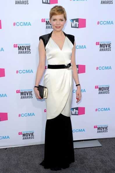 Actress Michelle Williams arrives at the 17th Annual Critics' Choice Movie Awards held at The Hollywood Palladium on January 12, 2012 in Los Angeles, California.
