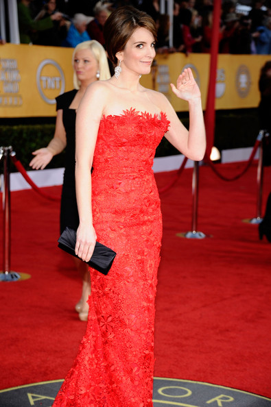 Actress/producer Tina Fey arrives at the 17th Annual Screen Actors Guild Awards held at The Shrine Auditorium on January 30, 2011 in Los Angeles, California.