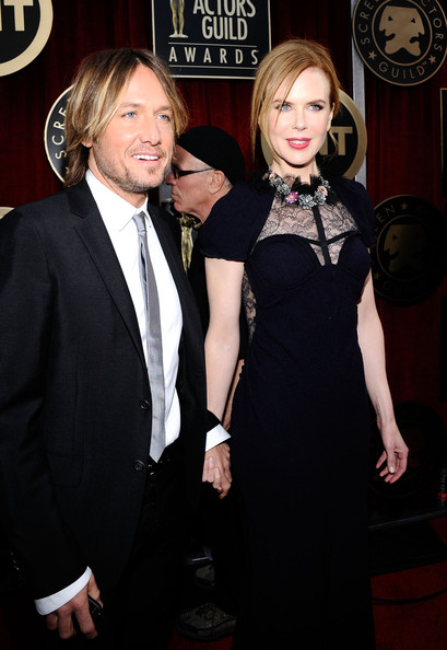 Singer Keith Urban and actress Nicole Kidman arrive at the 17th Annual Screen Actors Guild Awards held at The Shrine Auditorium on January 30, 2011 in Los Angeles, California.