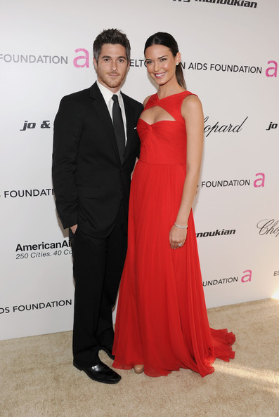 (L-R) Actor Dave Annable and actress Odette Yustman arrive at the 19th Annual Elton John AIDS Foundation Academy Awards Viewing Party at the Pacific Design Center on February 27, 2011 in West Hollywood, California.