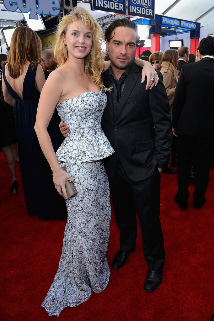 Johnny Galecki Girlfriend Kelli Garner