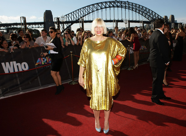 2010 ARIA Awards - Arrivals
