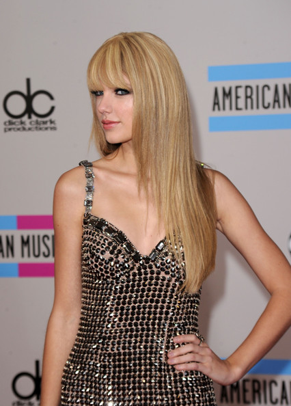 Taylor+Swift in 2010 American Music Awards - Arrivals