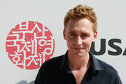 Actor Tom Hiddleston of England attends a Audience Meet and Greet 'European Film Promotion (EFP)' at the Haeundae beach during the 15th Pusan International Film Festival (PIFF) on October 10, 2010 in Busan, South Korea. The biggest film festival in Asia showcases 306 films from 67 countries and runs from October 7-15.