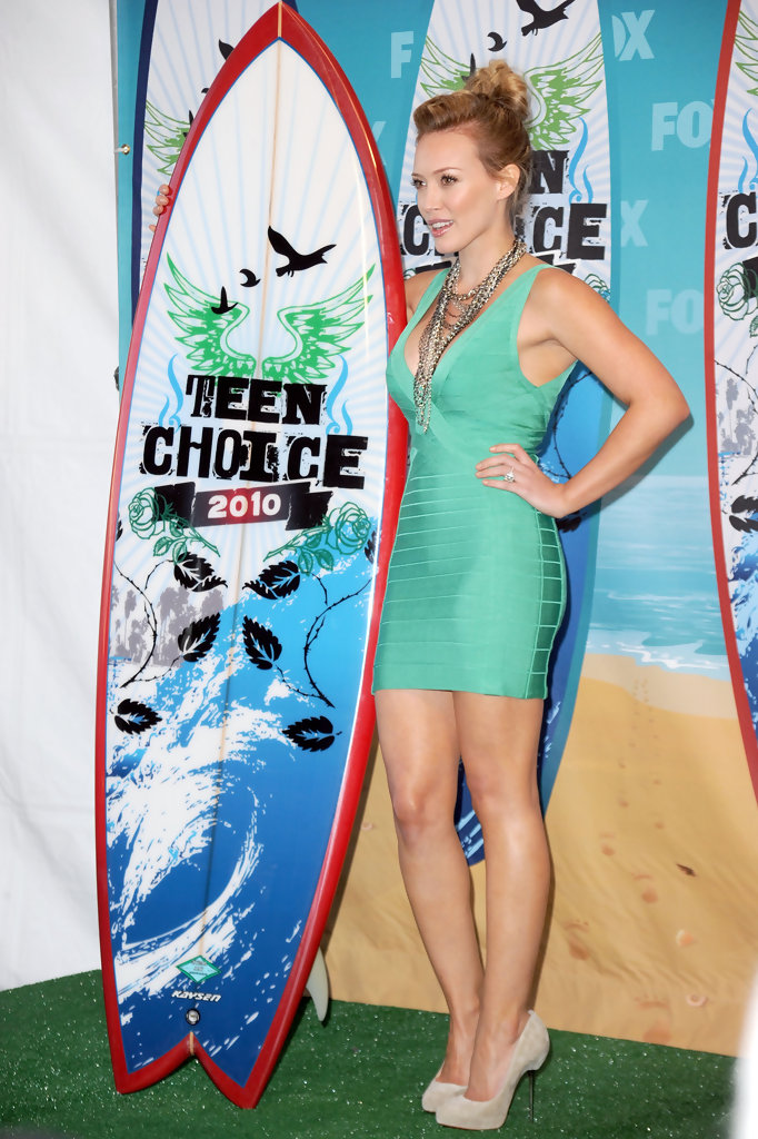 Hilary Duff Photos Photos - 2010 Teen Choice Awards ...