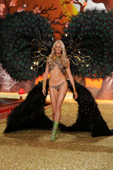 Model Karolina Kurkova walks the runway during the 2010 Victoria's Secret Fashion Show at the Lexington Avenue Armory on November 10, 2010 in New York City.
