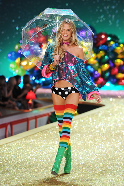 Model Shannan Click walks the runway during the 2010 Victoria's Secret Fashion Show at the Lexington Avenue Armory on November 10, 2010 in New York City.
