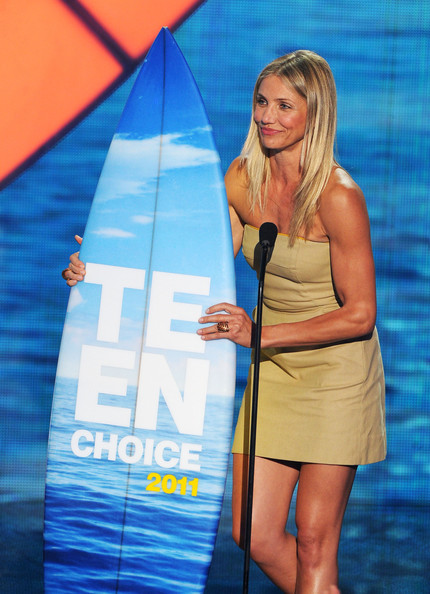 Actress Cameron Diaz accepts the Choice Comedy Movie Actress award onstage ...
