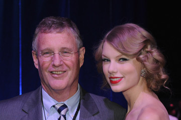 Scott Swift 2011 CMT Artists Of The Year
