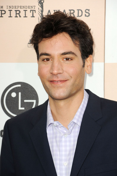Actor Josh Radnor arrives at the 2011 Film Independent Spirit Awards at Santa Monica Beach on February 26, 2011 in Santa Monica, California.