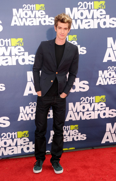 Actor Andrew Garfield arrives at the 2011 MTV Movie Awards at Universal Studios' Gibson Amphitheatre on June 5, 2011 in Universal City, California.