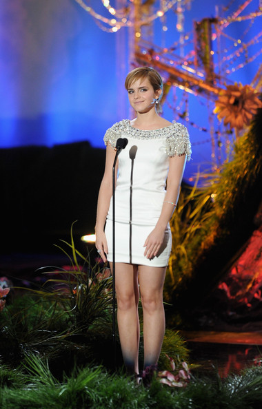 Actress Emma Watson speaks onstage during the 2011 MTV Movie Awards at Universal Studios' Gibson Amphitheatre on June 5, 2011 in Universal City, California.