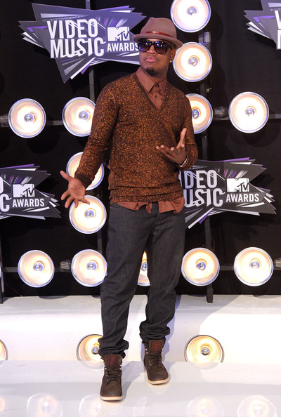 Rapper Ne-Yo arrives at the 2011 MTV Video Music Awards at Nokia Theatre L.A. LIVE on August 28, 2011 in Los Angeles, California.