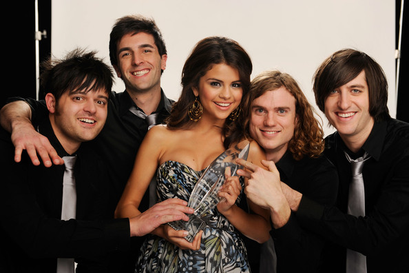 Singer Selena Gomez & the Scene, winners of the Favorite Breakout Artist pose for a portrait during the 2011 People's Choice Awards at Nokia Theatre L.A. Live on January 5, 2011 in Los Angeles, California.