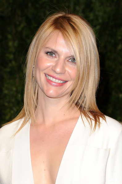 Actress Claire Danes arrives at the Vanity Fair Oscar party hosted by Graydon Carter held at Sunset Tower on February 27, 2011 in West Hollywood, California.