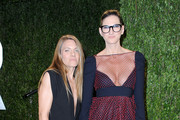 Designer Jenna Lyons (R) and Courtney Crangi arrive at the 2013 Vanity Fair Oscar Party hosted by Graydon Carter at Sunset Tower on February 24, 2013 in West Hollywood, California.
