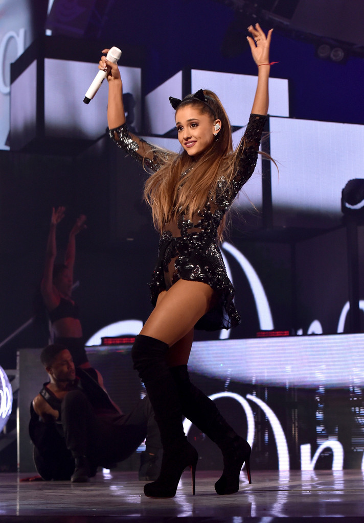 ariana grande in 2014 iheartradio music festival night 1