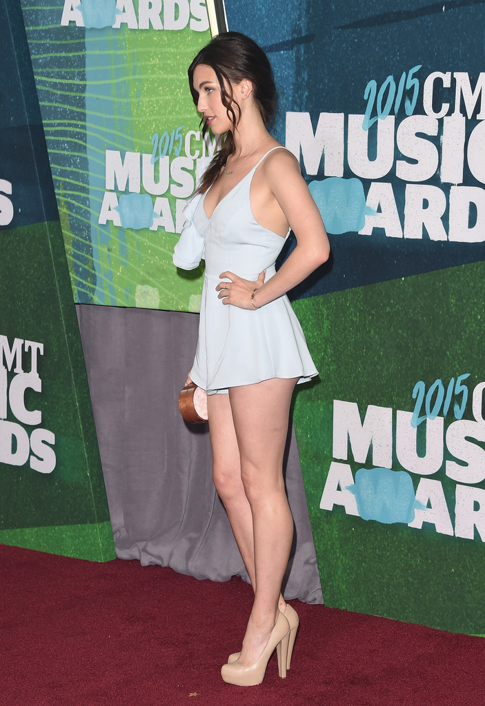 rainey qualley photos photos   2015 cmt music awards