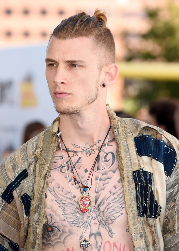 Machine Gun Kelly Photos Photos The 2015 Mtv Movie