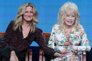 Dolly Parton and Jennifer Nettles Photos Photo