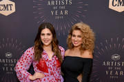 Honoree Hillary Scott of musical group Lady Antebellum and Tori Kelly attend the 2018 CMT Artists of The Year at Schermerhorn Symphony Center on October 17, 2018 in Nashville, Tennessee.