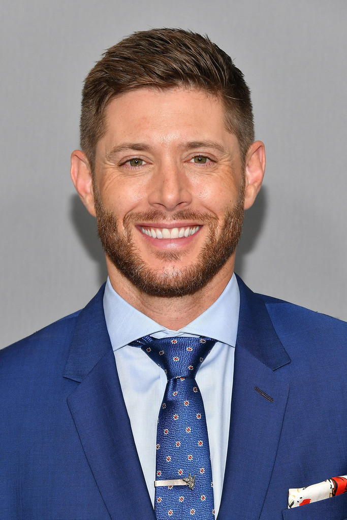 Jensen Ackles Photos P...