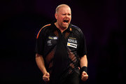 Raymond Van Barneveld Photos Photo