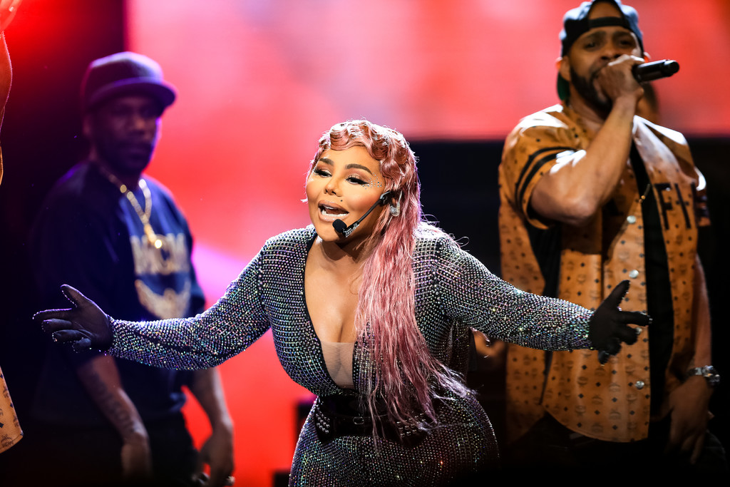 Lil Kim Photos Photos - 2019 BET Hip Hop Awards - Show - Zimbio