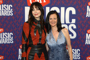 Michelle Monaghan and Leslie Fram attend the 2019 CMT Music Awards at Bridgestone Arena on June 05, 2019 in Nashville, Tennessee.