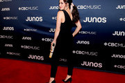 Tessa Virtue Photos Photo