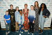 Anna Chlumsky, Shawn Colvin and Alysia Reiner pose with the SeriousFun Campers during 1the 2019 SeriousFun Children's Network NYC Gala at Cipriani 42nd Street on May 23, 2019 in New York City.