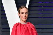 Sarah Paulson attends the 2019 Vanity Fair Oscar Party hosted by Radhika Jones at Wallis Annenberg Center for the Performing Arts on February 24, 2019 in Beverly Hills, California.