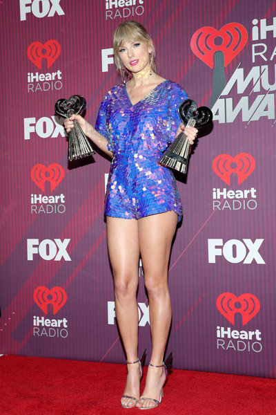 Taylor Swift in 2019 iHeartRadio Music Awards – Press Room