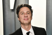 Zach Braff attends the 2020 Vanity Fair Oscar Party hosted by Radhika Jones at Wallis Annenberg Center for the Performing Arts on February 09, 2020 in Beverly Hills, California.