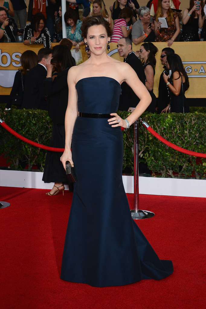 Actress Jennifer Garner attends the 20th Annual Screen Actors Guild Awards at The Shrine Auditorium on January 18, 2014 in Los Angeles, California.