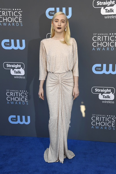 Saoirse Ronan looked effortlessly sophisticated at the 2018 Critics' Choice Awards in a micro-beaded Michael Kors gown with a slouchy bodice and ruched hips.