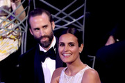 Actor Joseph Fiennes (L) and Maria Dolores Dieguez during the 24th Annual Screen Actors Guild Awards at The Shrine Auditorium on January 21, 2018 in Los Angeles, California. 27522_014