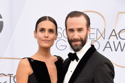 Maria Dolores Dieguez (L) and Joseph Fiennes attend the 25th Annual Screen Actors Guild Awards at The Shrine Auditorium on January 27, 2019 in Los Angeles, California. 480645