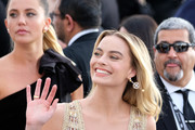 Margot Robbie attends the 25th annual Screen Actors Guild Awards at The Shrine Auditorium on January 27, 2019 in Los Angeles, California.