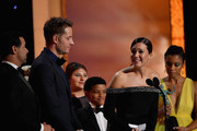 The cast of This Is Us (L-R) Jon Huertas, Justin Hartley, Mackenzie Hancsicsak, Lonnie Chavis, Mandy Moore, and Susan Kelechi Watson onstage during the 25th Annual Screen ActorsGuild Awards at The Shrine Auditorium on January 27, 2019 in Los Angeles, California. 480543