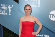 Anna Paquin attends 26th Annual Screen Actors Guild Awards at The Shrine Auditorium on January 19, 2020 in Los Angeles, California.