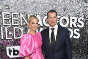 (L-R) Molly Sims and Scott Stuber attend the 26th Annual Screen ActorsGuild Awards at The Shrine Auditorium on January 19, 2020 in Los Angeles, California.