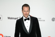 Jason Lewis attends the 28th Annual Elton John AIDS Foundation Academy Awards Viewing Party sponsored by IMDb, Neuro Drinks and Walmart on February 09, 2020 in West Hollywood, California.