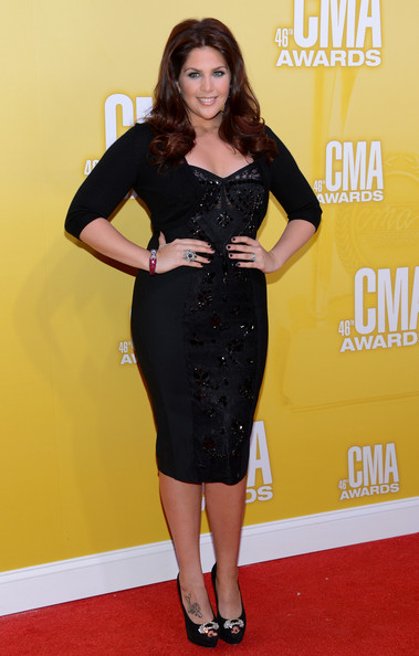 2012 cma awards pics hillary scott wears sexy sparkles for Is hillary from lady antebellum pregnant